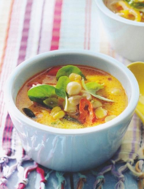 Maaltijdsoep met rode curry en spinazie