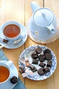 bonbons-met-koffie-honing-en-cacao