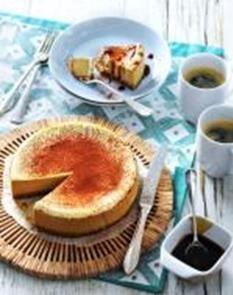 Koffiecheesecake met karamelsaus
